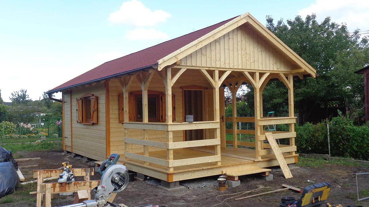 domek-ogrodowy-drewniany-2