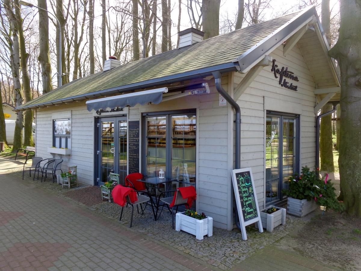 pawilon-gastronomiczny-drewniany